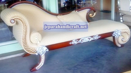 Sofa Classic Regency Chaise Lounge Jepara