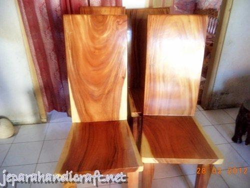 Kursi Minimalis Blok Solid Wood