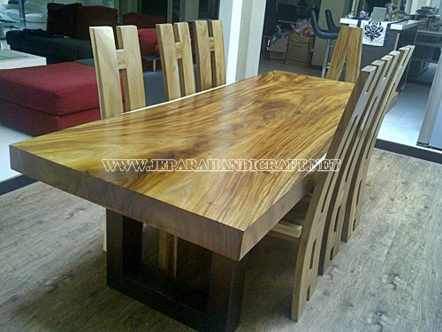 Jual Meja Solid Wood Trembesi Unnatural 8 Kursi