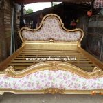 Tempat Tidur Classic Sephia Mewah