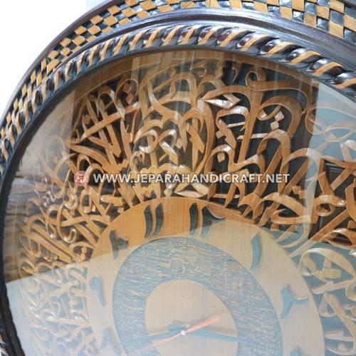 Jam Dinding Kaligrafi Ukiran Ayat Kursi Bulat Terpercaya