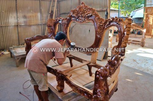 Contoh Jenis & Bahan Finishing Untuk Furniture Kayu Berkualitas